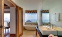 Villa Bakung Bathroom | Candidasa, Bali