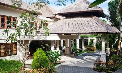 Villa Cantik Ungasan Tropical Garden | Uluwatu, Bali