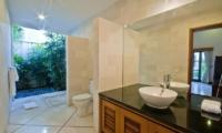 Villa Darma Guest Bathroom | Seminyak, Bali