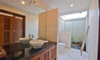 Villa Darma En-suite Bathroom | Seminyak, Bali