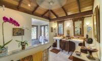 Villa East Indies En-suite Bathroom One | Pererenan, Bali