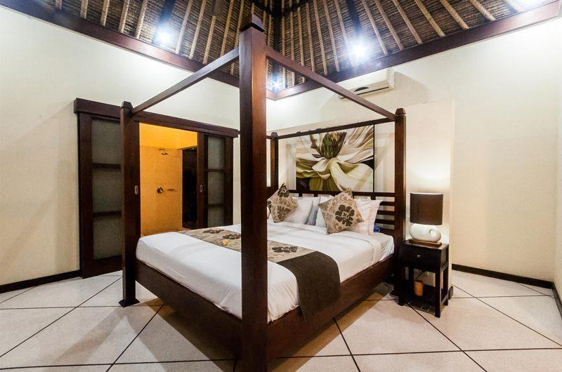 Villa Gading Master Bedroom   Seminyak, Bali