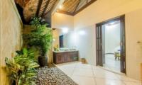 Villa Gading En-suite Bathroom   Seminyak, Bali