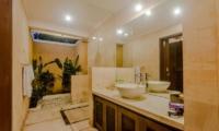 Villa Gembira En-suite Bathroom | Seminyak, Bali