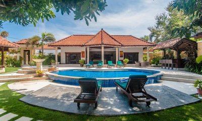 Villa Ginger Sun Beds | Seminyak, Bali