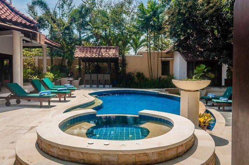 Villa Ginger Jacuzzi   Seminyak, Bali