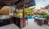 Villa Ginger Outdoor Breakfast Bar   Seminyak, Bali