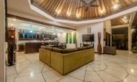 Villa Ginger Living And Dining Pavilion   Seminyak, Bali