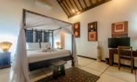 Villa Ginger Master Bedroom Front View   Seminyak, Bali