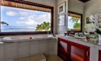 Villa Jukung Master Bathroom | Candidasa, Bali