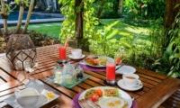 Villa Jumah Outdoor Dining | Seminyak, Bali