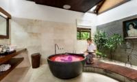 Villa Jumah Bathtub | Seminyak, Bali