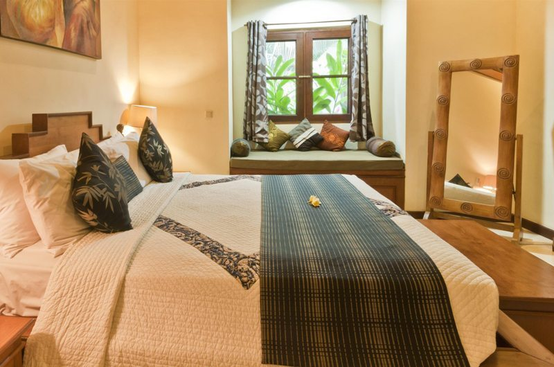 Villa Krisna Master Bedroom Side View | Seminyak, Bali