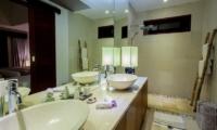 Villa Lucia Bathroom I Candidasa, Bali