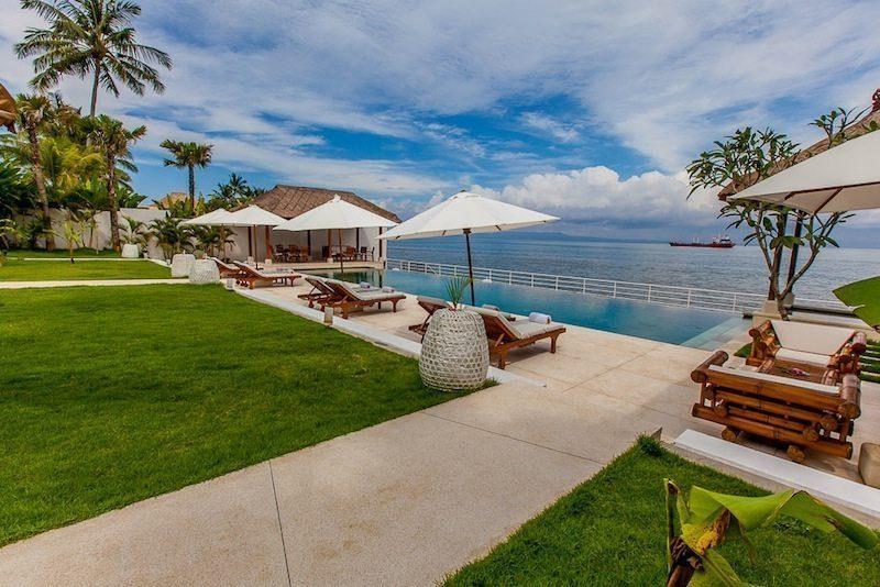 Villa Lucia Pool Side I Candidasa, Bali