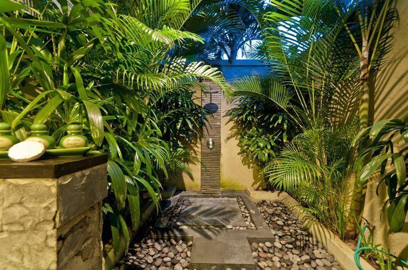 Villa Mahkota Outdoor Shower | Seminyak, Bali