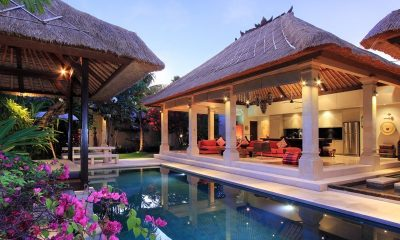 Villa Maju Pool Side Living and Dining Area | Seminyak, Bali
