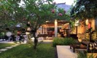 Villa Maju Sun Loungers   Seminyak, Bali