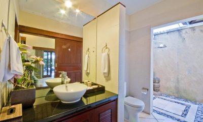 Villa Mango Bathroom | Seminyak, Bali