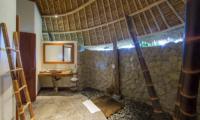 Villa Omah Padi Indoor Bathroom | Ubud, Bali