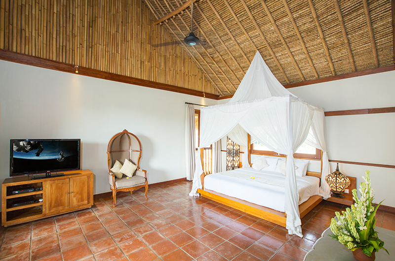 Villa Omah Padi Bedroom with Seating | Ubud, Bali