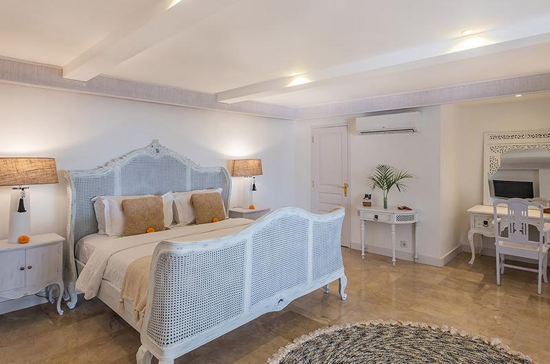 Villa Puri Balangan Spacious Bedroom Area | Jimbaran, Bali