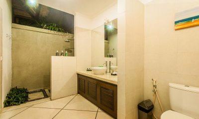 Villa Rama En-suite Bathroom | Seminyak, Bali