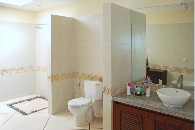 Villa Santai Bathroom | Seminyak, Bali