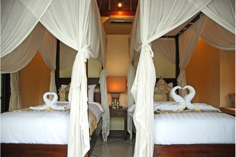 Villa Santai Twin Bedroom | Seminyak, Bali