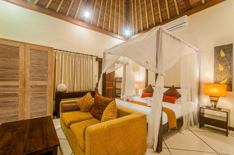 Villa Santai Master Bedroom | Seminyak, Bali