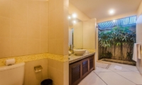 Villa Santai Guest Bathroom | Seminyak, Bali