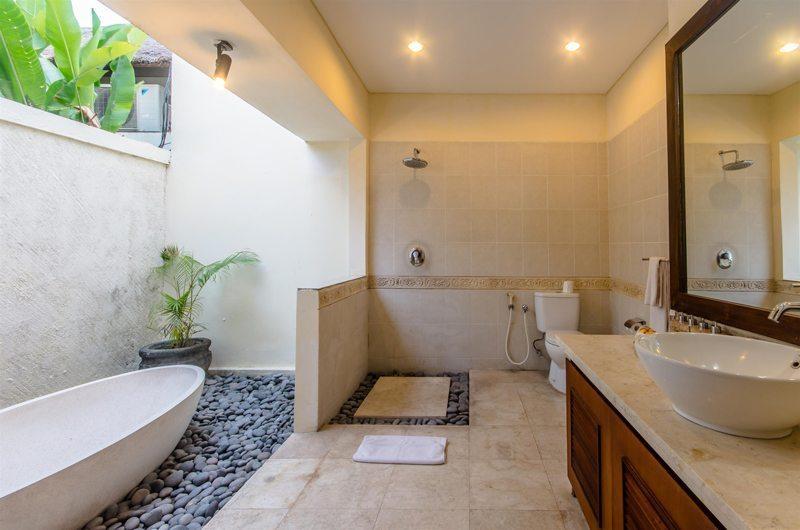 Villa Santi Guest Bathroom | Seminyak, Bali