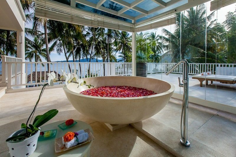 bathtubs of bali | ministry of villas