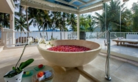 Villa Stella Outdoor Bathtub | Candidasa, Bali