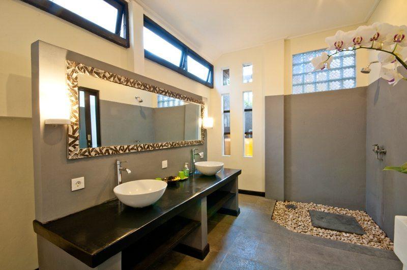 Villa Surga Bathroom I Seminyak, Bali
