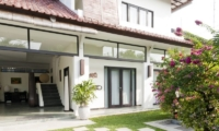 Villa Surga Lawns   Seminyak, Bali