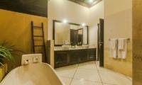 Villa Tresna Guest Bathroom | Seminyak, Bali