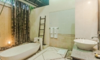 Villa Tresna Bathtub | Seminyak, Bali