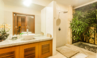 Villa Vara Bathroom with Shower | Seminyak, Bali