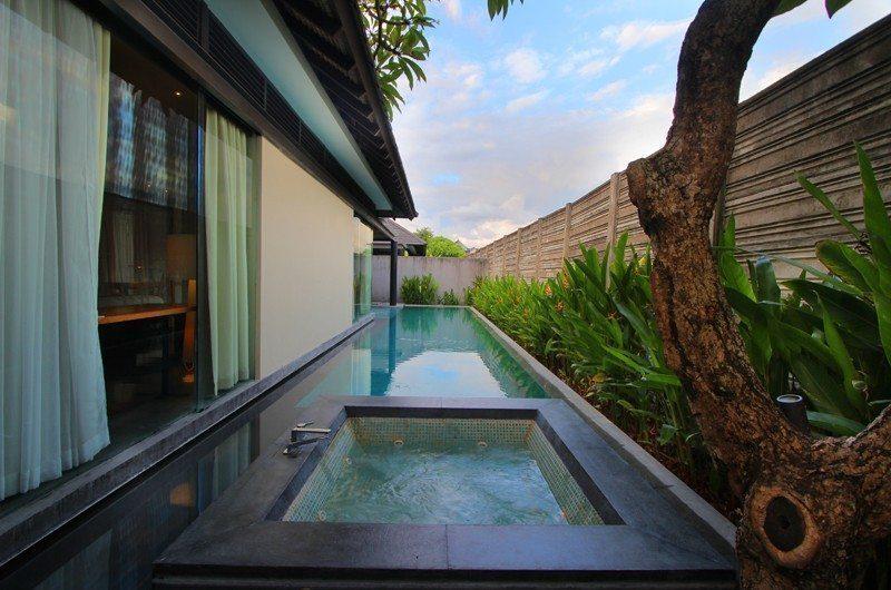 Javana Royal Villas Jacuzzi   Kerobokan, Bali