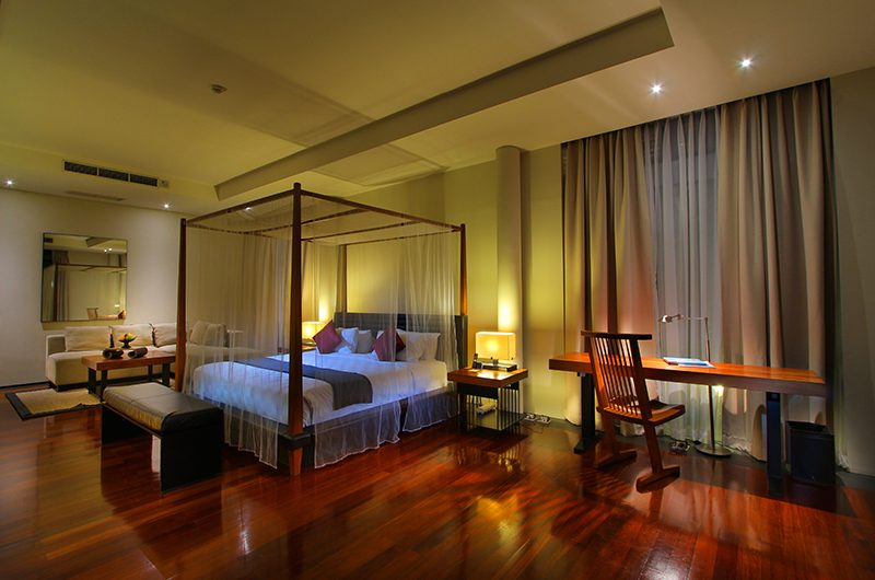 Javana Royal Villas Bedroom with Study Table | Kerobokan, Bali
