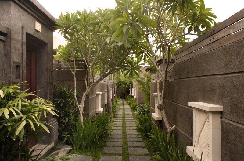 Nyuh Bali Villas Pathway | Seminyak, Bali