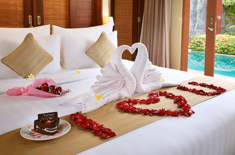 Nyuh Bali Villas Honeymoon Suite Bedroom | Seminyak, Bali