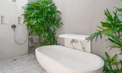 Villa Chocolat Bathtub | Seminyak, Bali