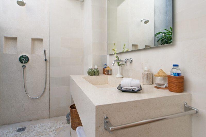 Villa Chocolat Bathroom | Seminyak, Bali