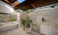 Villa Noa En-suite Bathroom | Seminyak, Bali