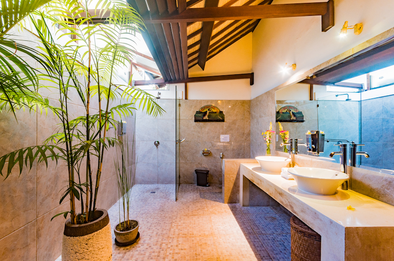 Villa Noa Bathroom One with Shower | Seminyak, Bali