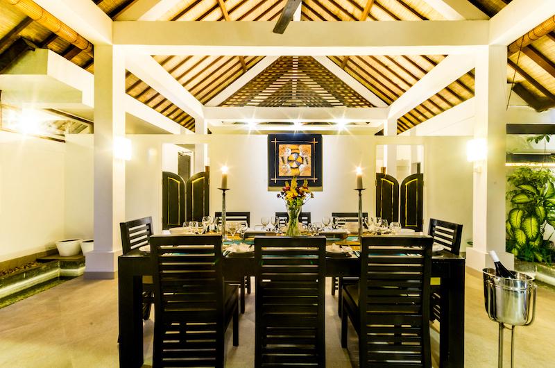 Villa Noa Dining Table   Seminyak, Bali