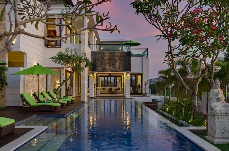 Villa Luwih Sun Loungers   Canggu, Bali
