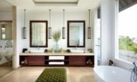 Villa Malaathina En-suite Bathroom | Umalas, Bali